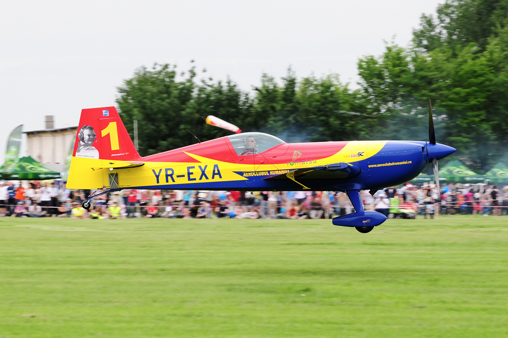 CLINCENI AIR SHOW 2012 - POZE 7322685856_9620446731_o