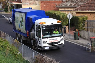 British rubbish truck doing the rounds of Melbourne's suburbs
