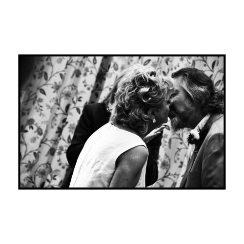 9.The Kiss 1