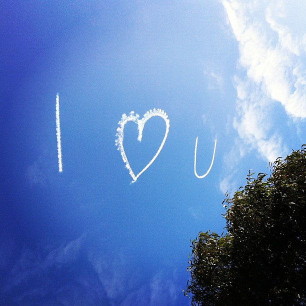 I really do! Someone proposed in the sky this morning... I wonder if she loves him too?  #love in the #sky