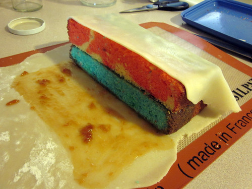 Daring Bakers June: Battenberg Cake