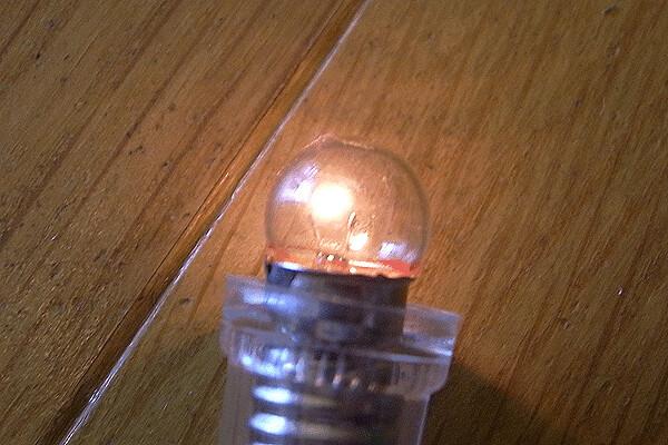 電気がとおるかな2