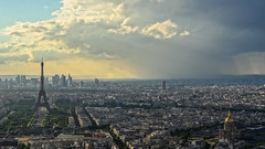 View of the city whilst on the Tour de Montparnasse