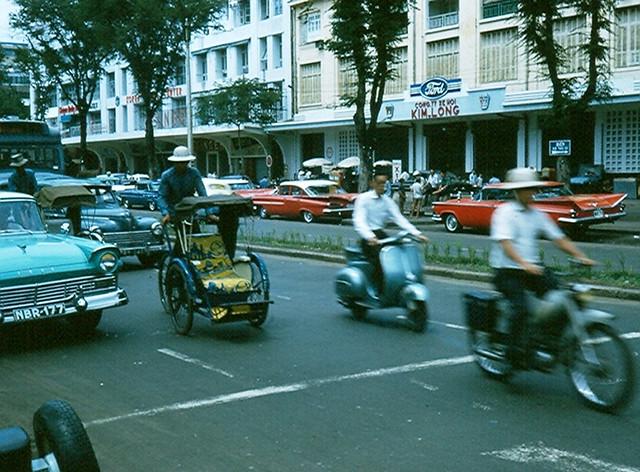 Saigon 1965 - Đường Lê Lợi 47 năm trước đây