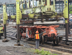 FHA02 - Loading 771B Switch Panels at Queens St. Yard (05-02-2012)