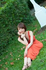 [フリー画像素材] 人物, 女性 - アジア, 台湾人, 頬杖, ワンピース・ドレス ID:201303050800