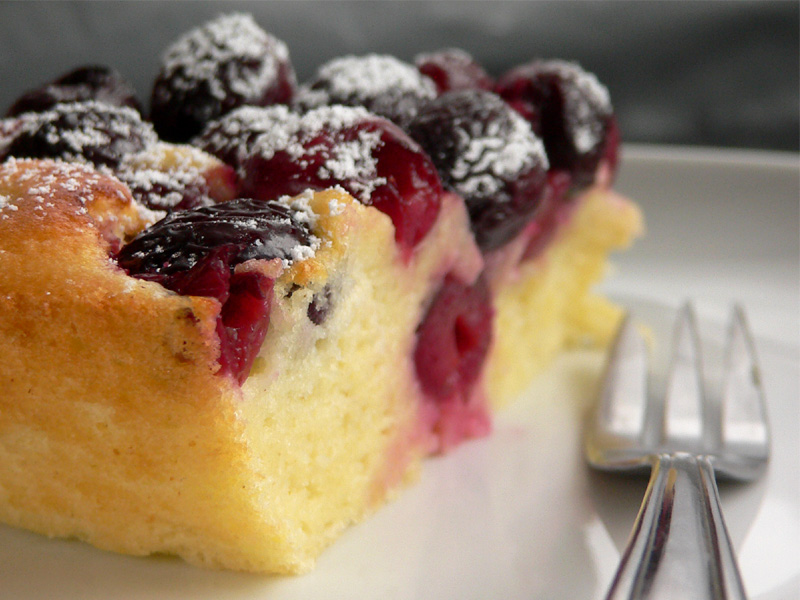 LCherry & Yogurt Clafoutis
