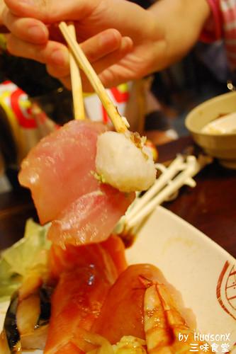 壽司飯和魚肉實在不成比例
