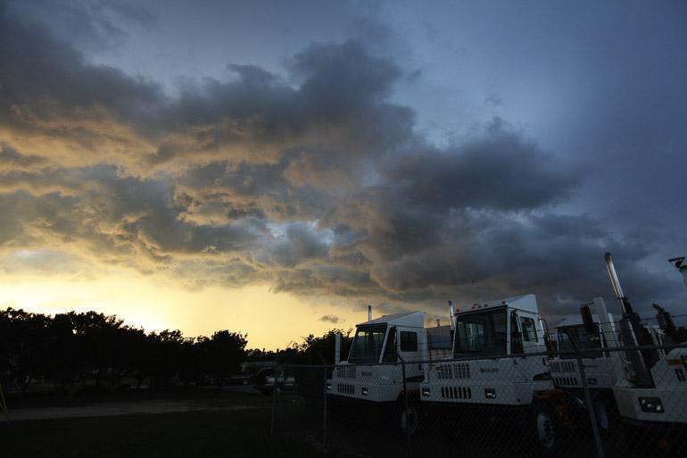 web_trucks_tornado-warned_0120