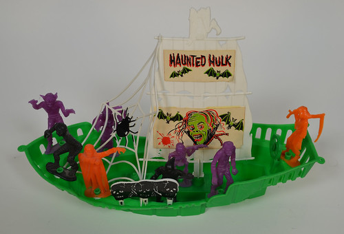MPC Haunted Hulk Monster Ship 3