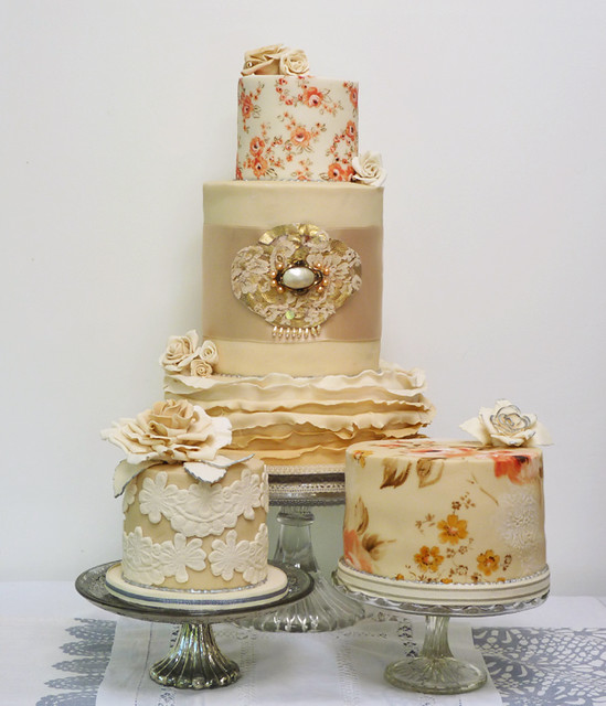 Cake Design Vintage : Vintage wedding cake A cake for a friend. Tones of ...