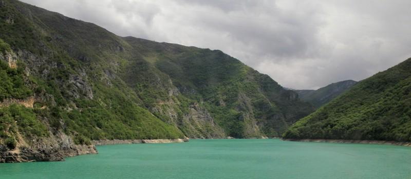 Lac de Plivsko sur la route