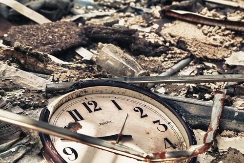 Clock - 9:43