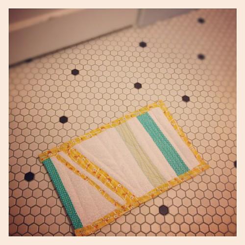 Handmade bath mat (#1)