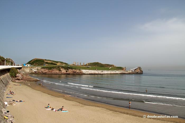 Playa de salinas y el espartal playas asturias playas de asturias - Hoteles en salinas asturias ...