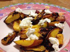 grilled peaches with chèvre