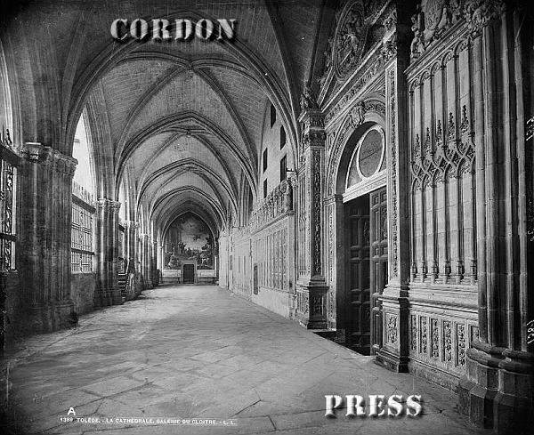 Claustro de la Catedral de Toledo hacia 1875-80. © Léon et Lévy / Cordon Press - Roger-Viollet