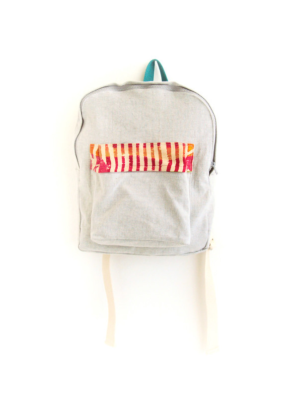 light grey backpack || ziazia.