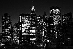 [Free Images] Architecture, City / Town, Large Buildings, Night View, Black and White, Landscape - United States of America, United States of America - New York City ID:201207112000