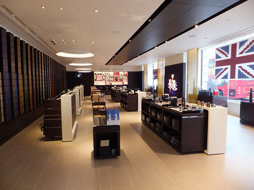 Nespresso Store Opens on the Upper Guildhall retailp com community retail intelligence for  -> Nespresso London