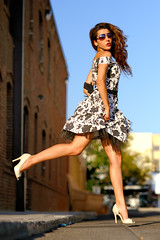 [フリー画像素材] 人物, 女性, ワンピース・ドレス, サングラス, アメリカ人 ID:201207311400