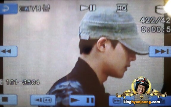 FANPICS: [26.07.2012] kim Hyun Joong @ Gimpo Airport from Japan!