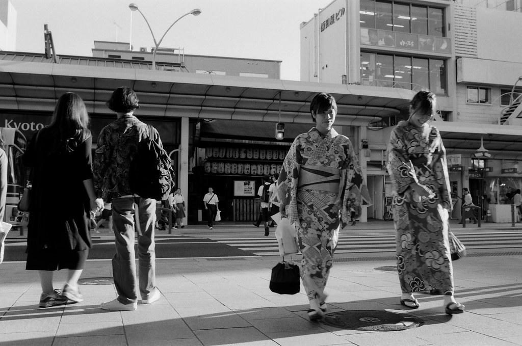 京都 Kyoto, Japan / Kodak TMAX / Nikon FM2 在寺町通附近多紀錄一下街景,因為隔天就要離開京都了。  Nikon FM2 Nikon AI AF Nikkor 35mm F/2D Kodak 100 TMAX Professional ISO 100 1273-0022 2015/09/29 Photo by Toomore