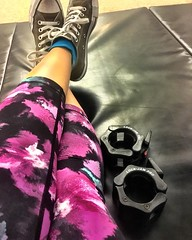 Two awesome birthday presents for myself: my own pair of awesomely functional barbell clips (goodbye horrendous gym barbell clips!) and (yet another) pair of fun leggings! And a great training session after work! Happy birthday to me!
