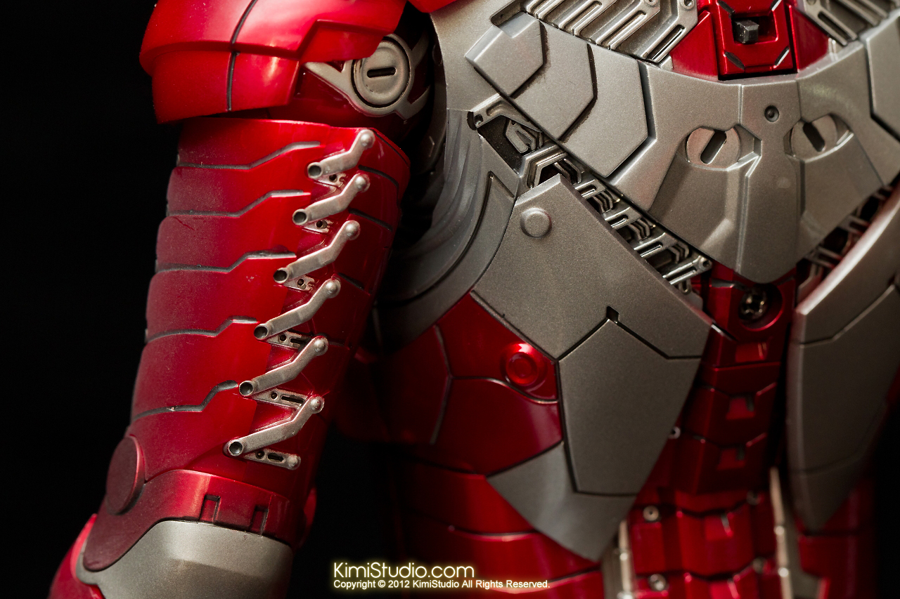 2012.09.01 Hot Toys Iron Man Mark V-013