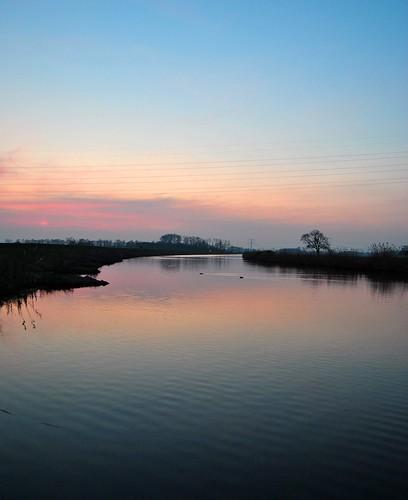 sunset holland netherlands river zonsondergang dusk nederland oude ijssel achterhoek schemering laag gelderland doetinchem graafschap keppel rivier schemer laagkeppel