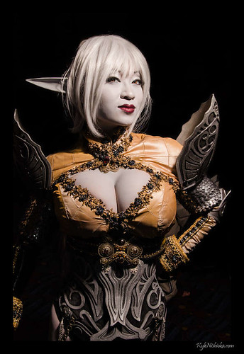 DragonCon 2012 cosplay - Yaya Han