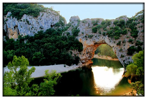 Pont d'Arc is a natural arch over 60 meters high carved by the river Ardèche.