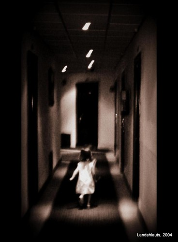 La niña del pasillo
