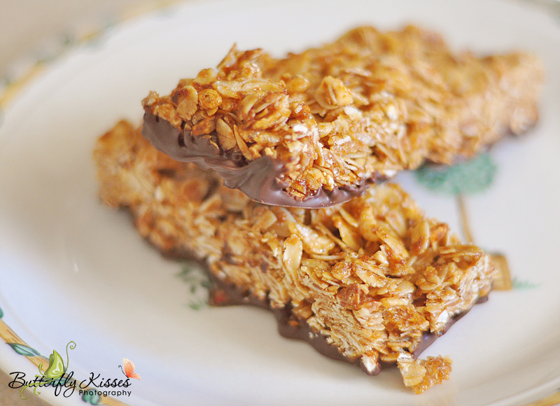 homemade chocolate dipped granola bars