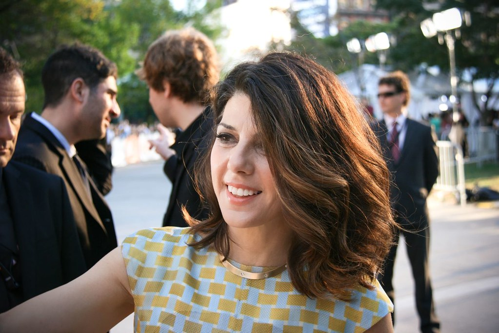 Report: Marisa Tomei To Play Aunt May in Spider-Man 1