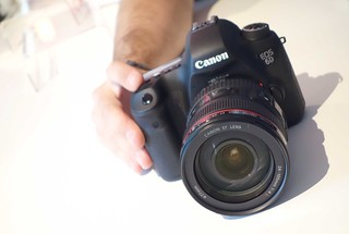 canon_6d_front