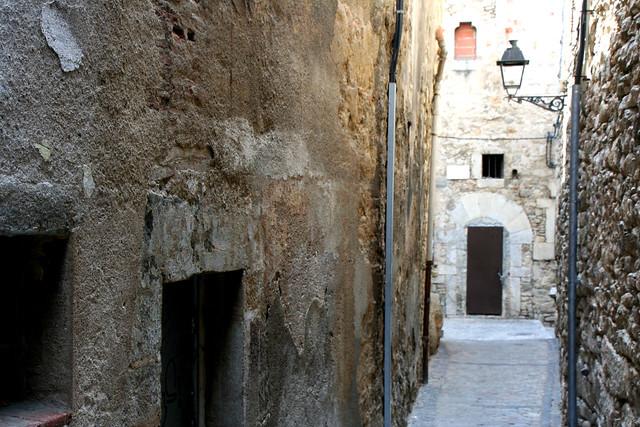 Girona walkway