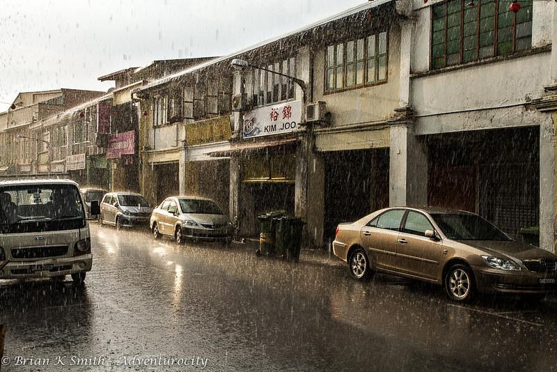 Kuching Thunderstorm, Jalan Ewe Hai