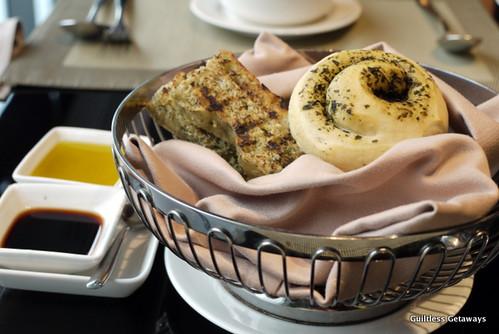 foccacia-bread.jpg