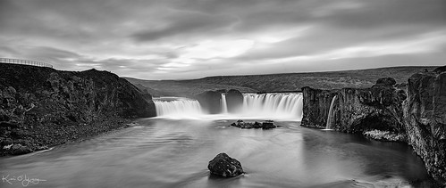 shift canon fd 35mm ts sony a7r2 iceland goðafoss bw panorama
