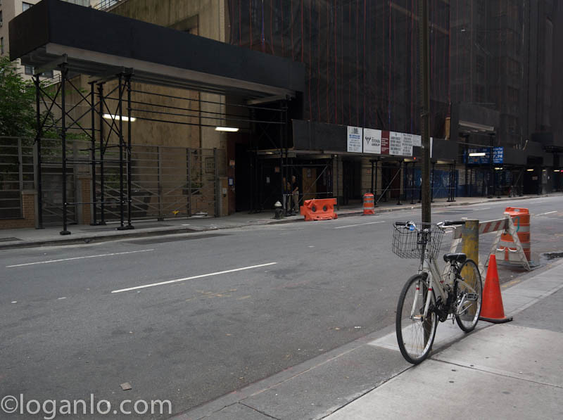 A lone bicycle in NYC