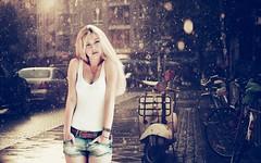 [フリー画像素材] 人物, 女性, タンクトップ, 女性 - 金髪・ブロンド, 雨 ID:201209031400