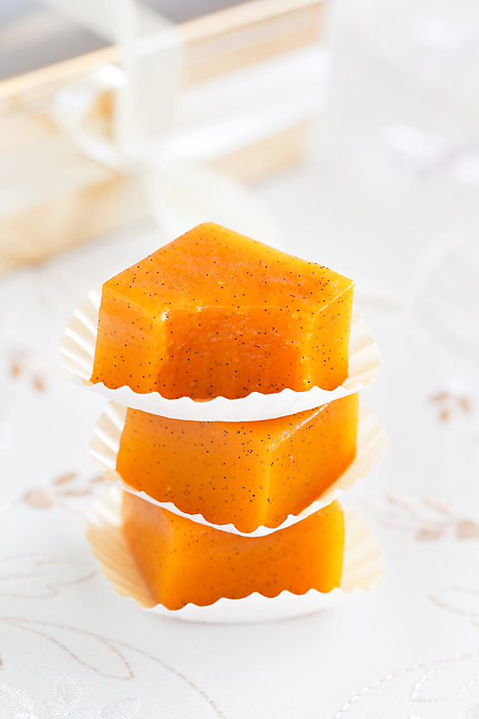 Tomato jelly candy