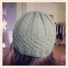 Finished the little hat:) Il piccolo cappello è ultimato:)