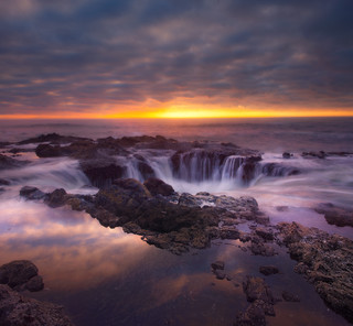 Thor's Well - Oregon Coast