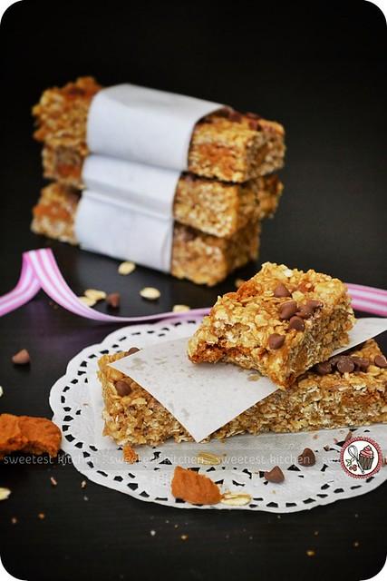 Biscoff Granola Bars   Flickr - Photo Sharing!