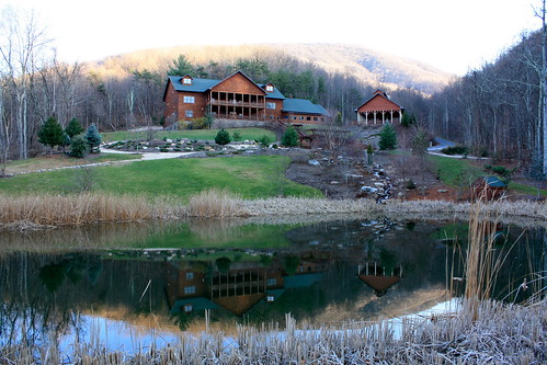 building landscape pond inn outdoor lexington rustic logcabin va bedandbreakfast loghome loginn housemountaininn