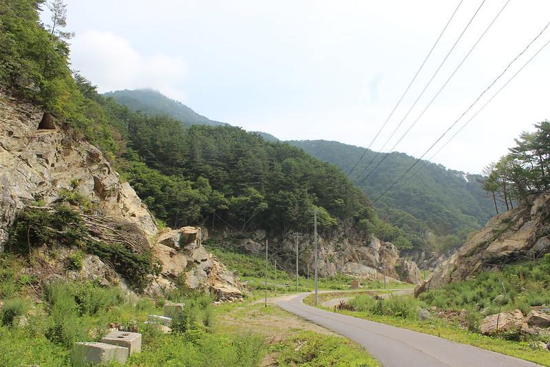 魹ヶ崎への入口へ