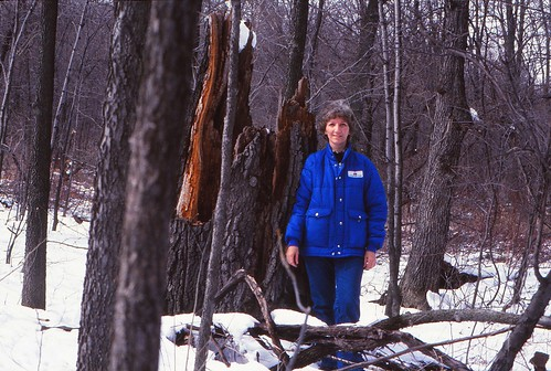 IMG_00013_Linda_at_Oline_Lake_Nature_Preserve_March_1983