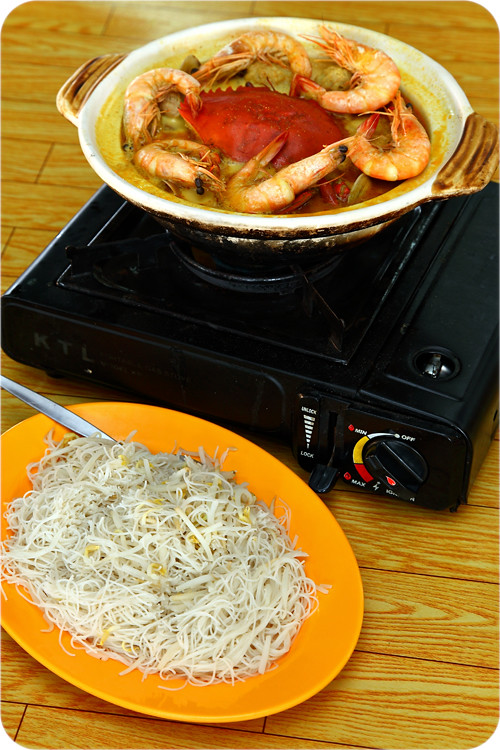 claypot-crab-and-prawn